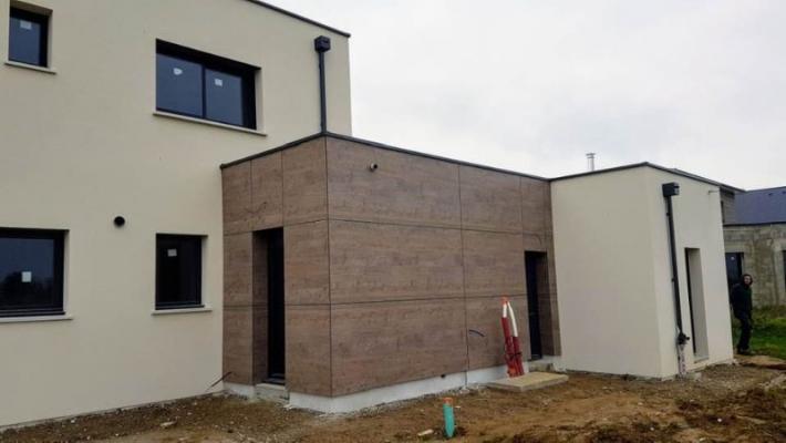 FHD Verson a réalisé un chantier en bardage bois type fundermax